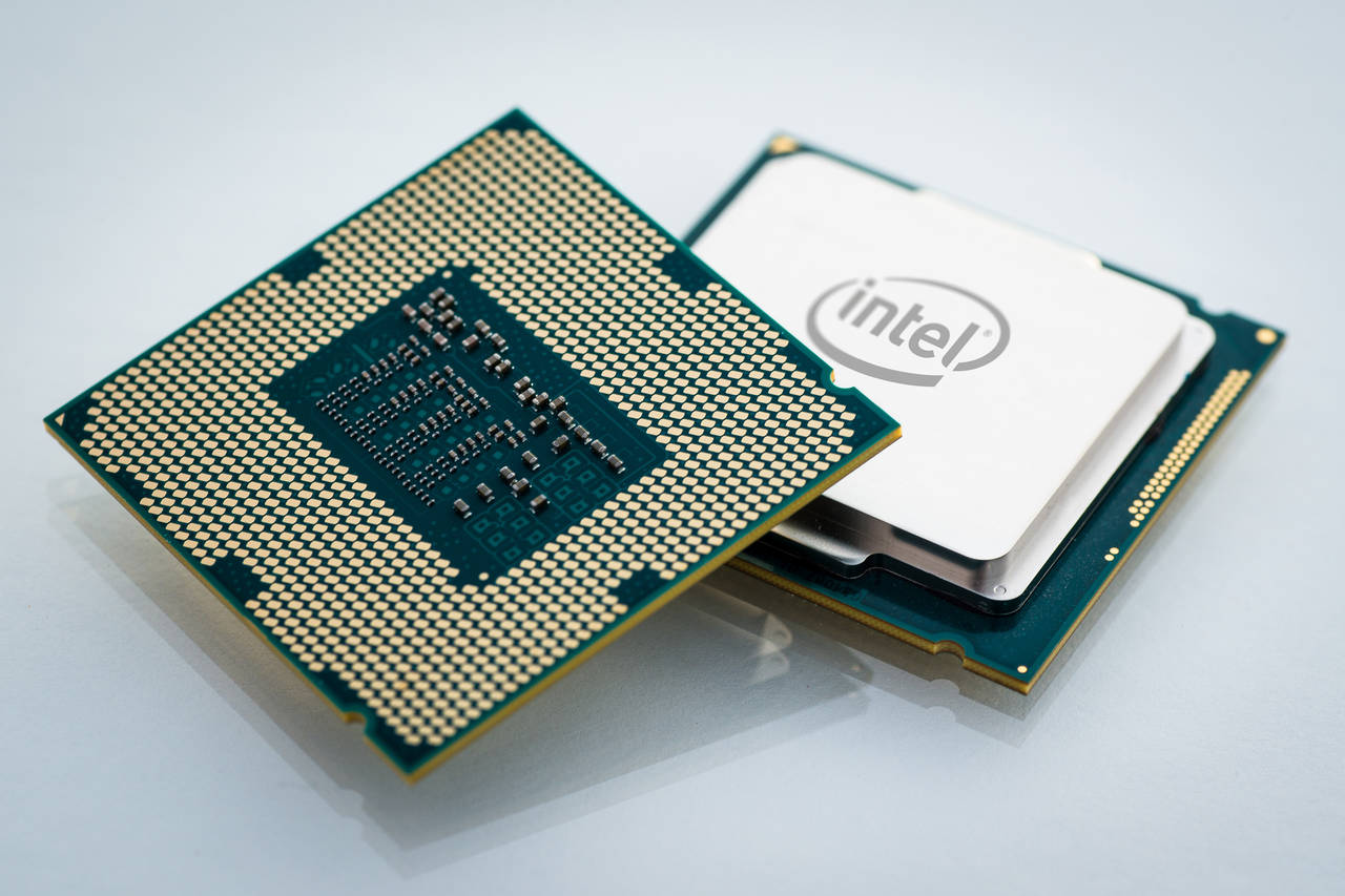 Intel Skylake performance hit by Meltdown