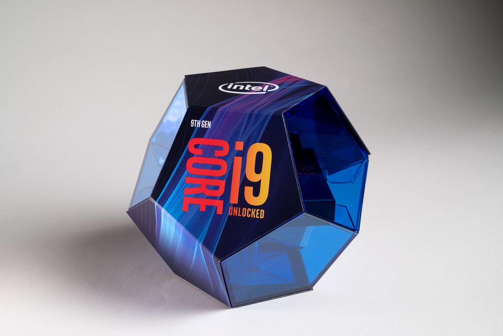 Intel i9-9900K runs Incredibly Hot at 5GHz OC in Gigabyte's